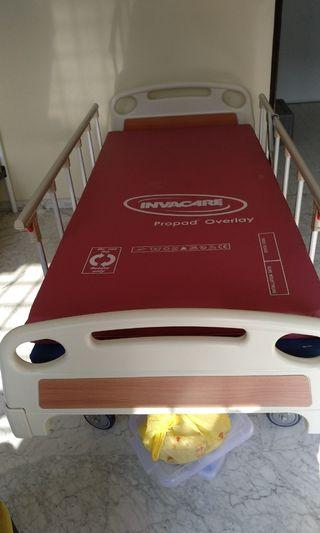 🚚 HOSPITAL BED AND MATTRESS