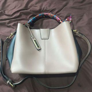 2in1 Handbag/sling bag