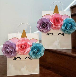 Flower Paper decorations - Goodie bags
