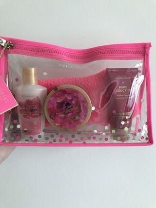 Victoria secret bedtime beauty kit
