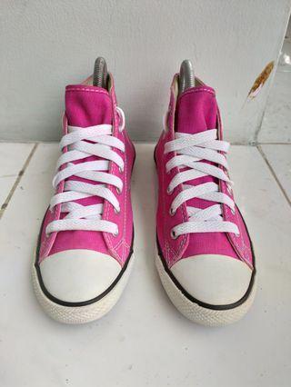 Sepatu Converse Hi medium sol