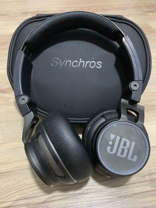 JBL Synchros JBL S400BT wireless on-ear Bluetooth® stereo headphone
