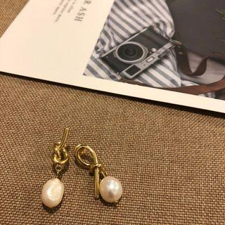 Pearl Earrings ( 925 Silver + gold plated)
