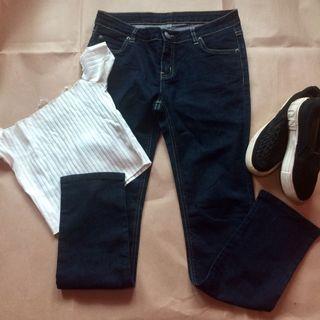 Straight Dark Blue Jeans