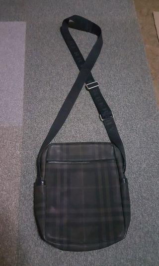 Burberry Hendley Tartan Mens Crossbody Bag Authentic