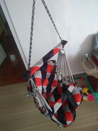 🚚 New baby indoor swing