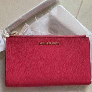 New arrival❤️Michael Kors Wristlet Wallet