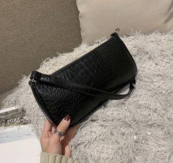Vintage Croc Handbag (Black)
