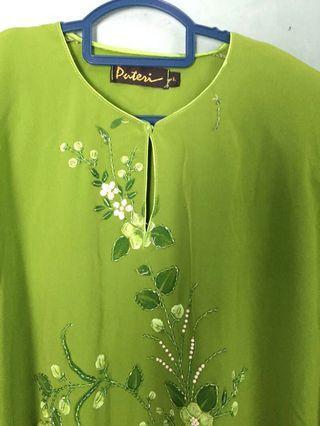 Baju kurung green eart