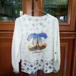 Blouse Putih Chanel Crop Tee