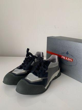Prada Sneaker 8.5
