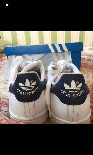 REPRICED Adidas Stan Smith in Navy blue tab