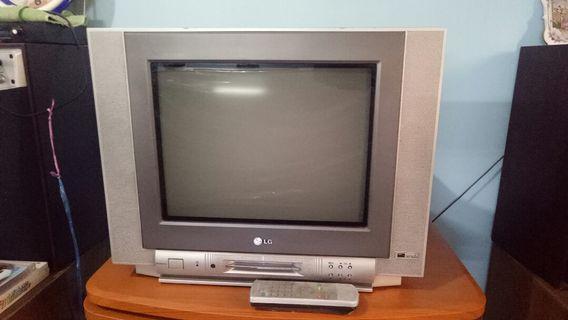 """TV 14"""" Flat Merk LG"""