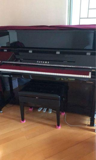 Toyama鋼琴