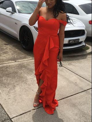 HIRE BARIANO DRESS RED GOWN