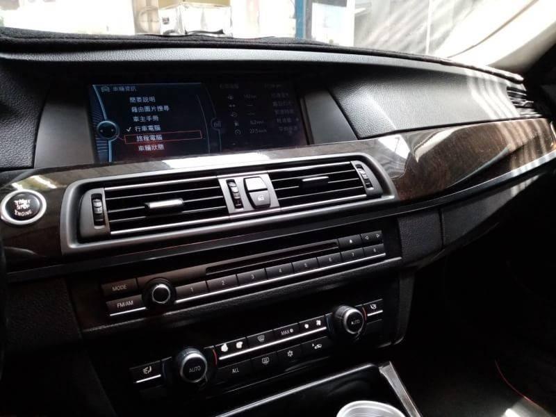 2010年 BMW 528i 3.0