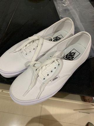 100% ORIGINAL - VANS pure white sneakers bahan kain