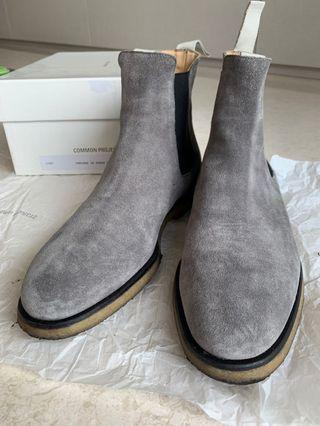 Common Projects Chelsea Boots in Suede Dark Grey