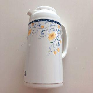 Authentic Tiger 1L vacuum/ themo water bottle / flask 保溫水壺