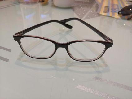 無鏡眼鏡框