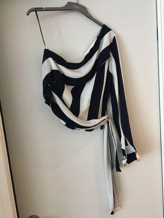 Zara top size M
