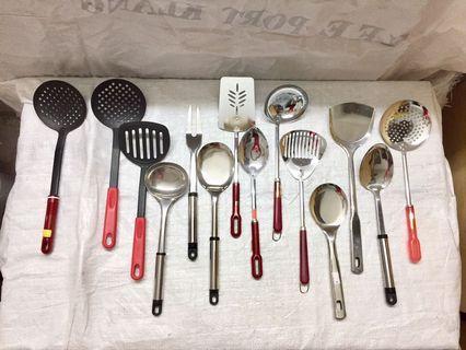 Assorted kitchen tools 4pcs at RM15