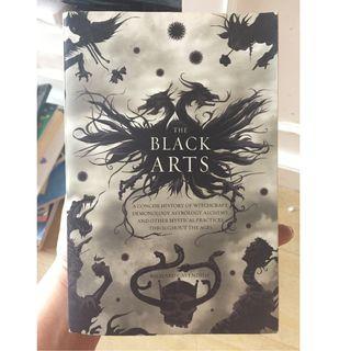 The Black Arts By Richard Cavendish Buku ilmu witchcraft & magic langka import paperback Jual