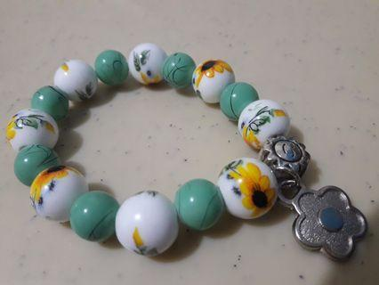 Charns beads bracelet souvenirs giveaways