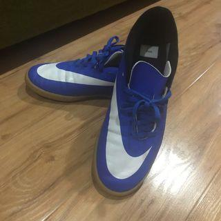 Puma futsal shoes