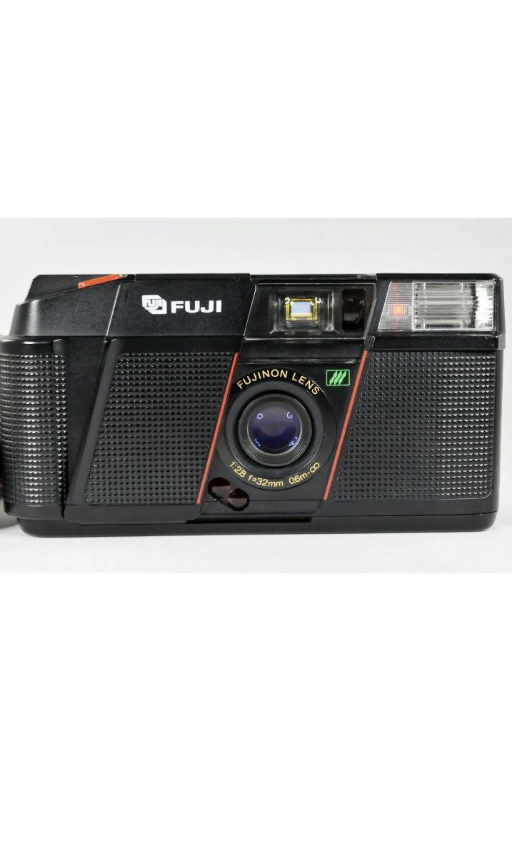 35mm Film Camera: Fuji DL-2000 II Date
