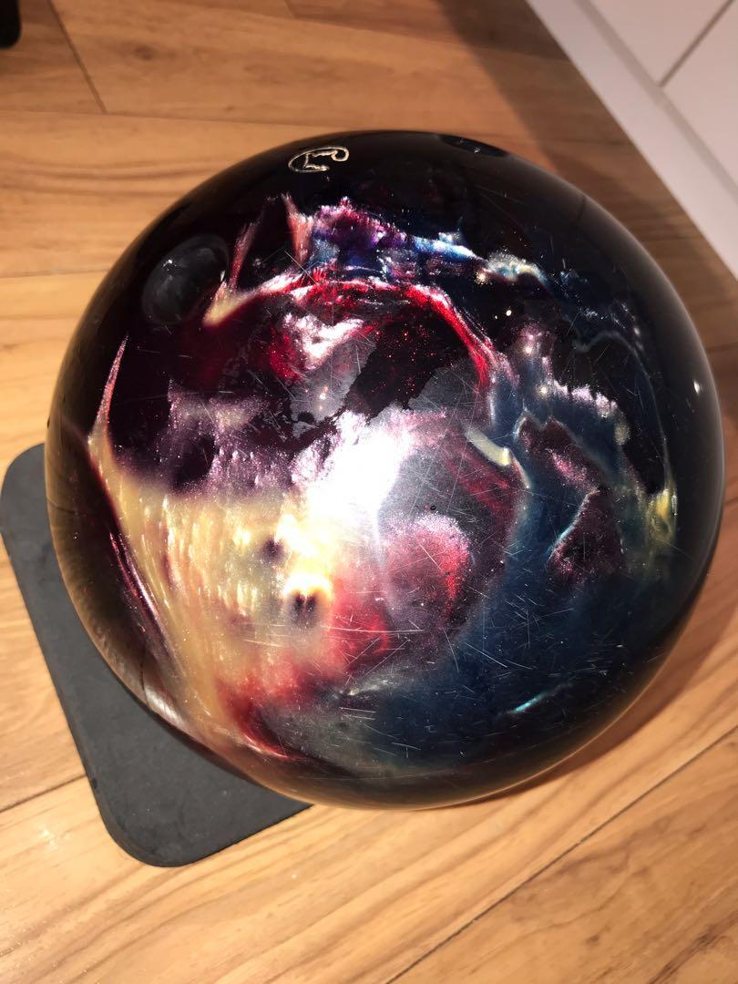 Bowling Ball Columbia 300 with bag
