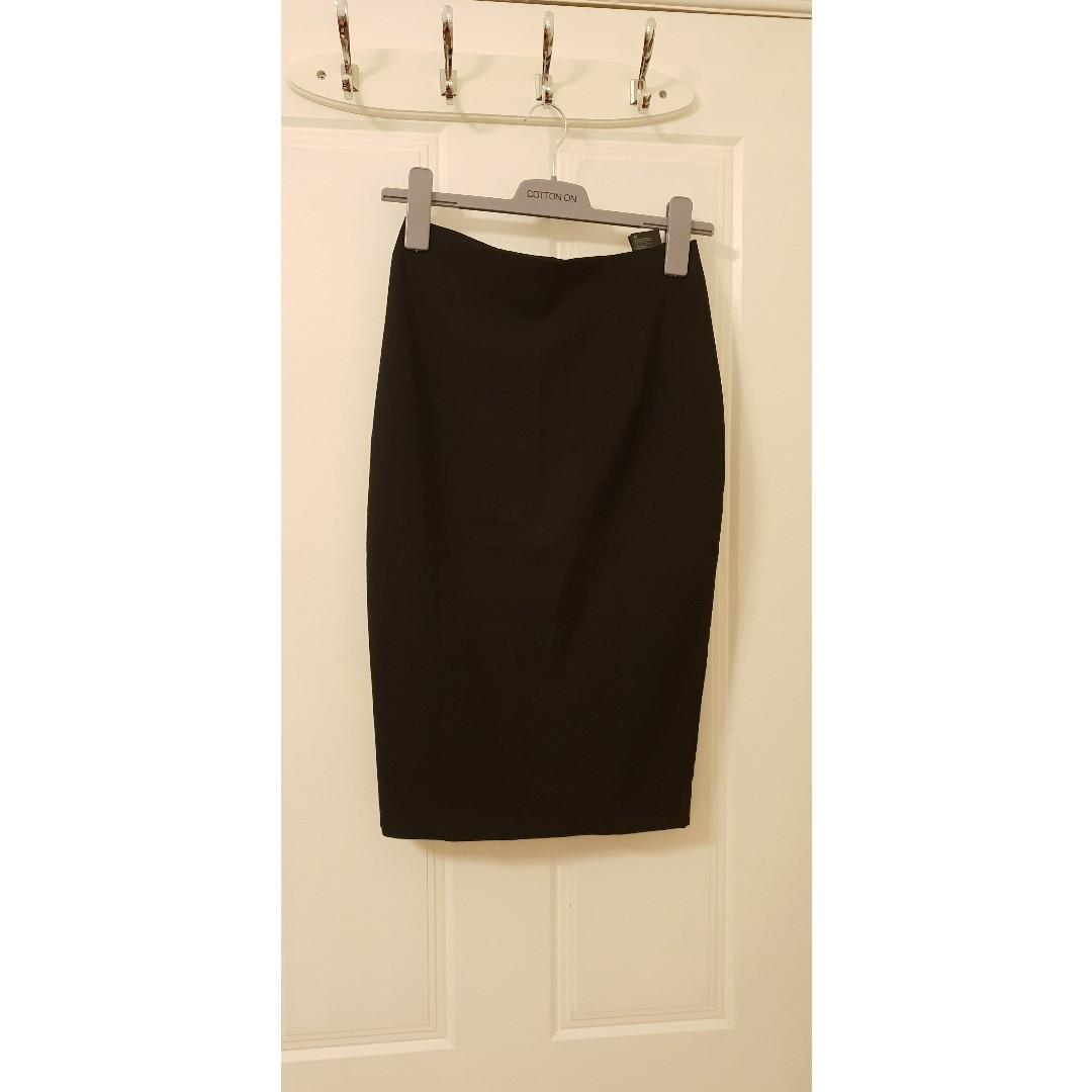 H&M Ladies Black Work Below Knee Skirt, Size: AUS 6, EUR 36,