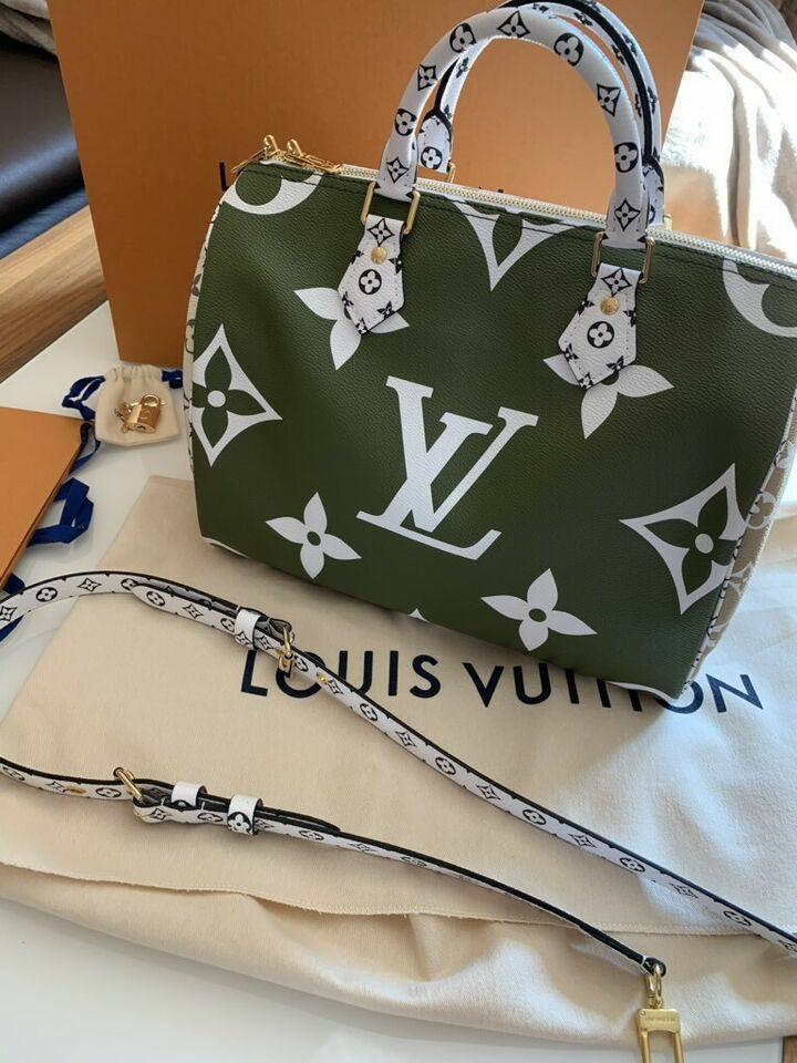 Louis Vuitton Speedy 30 BANDOULIERE GIANT MONOGRAM