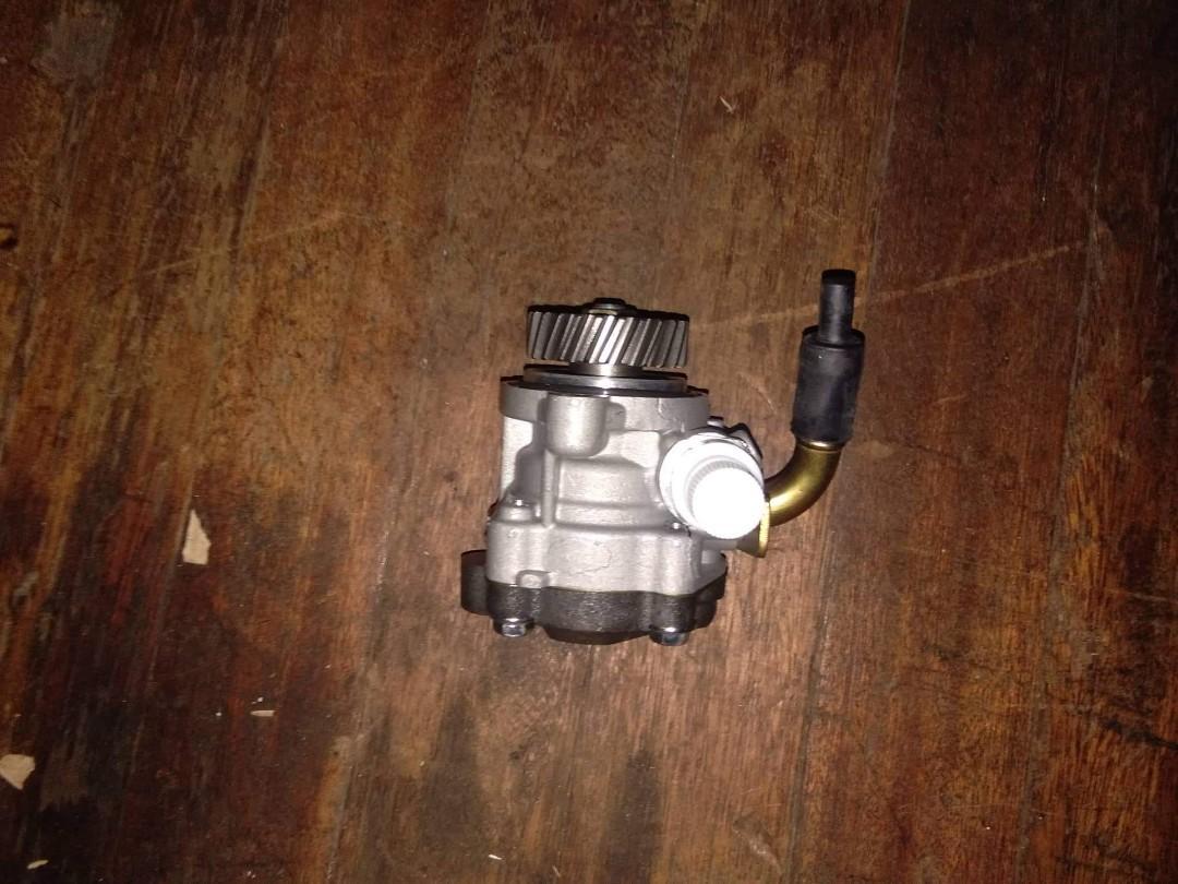 Mitsubishi 4M40 power steering pump, Car Parts & Accessories