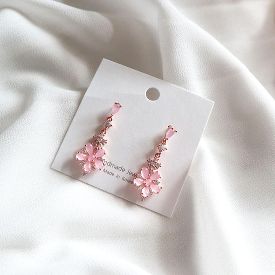 Premium Made in Korea Dangle Swarovski Homaika Spring Flower Drop Earrings 925 Silver Needle Brand New SA-94384B