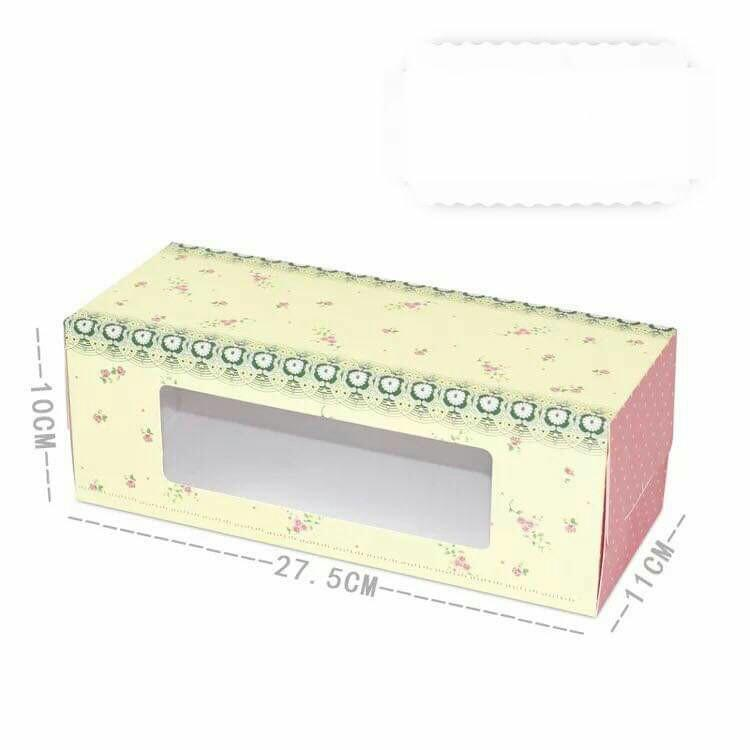 Roll Cake box with insert