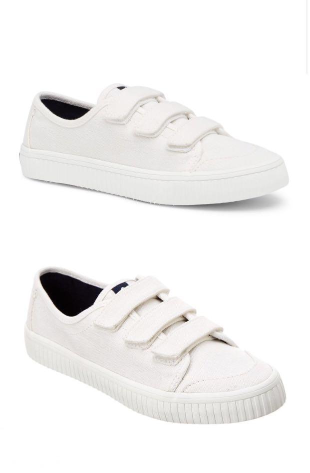 Sperry Crest Loop Sneakers, Women's