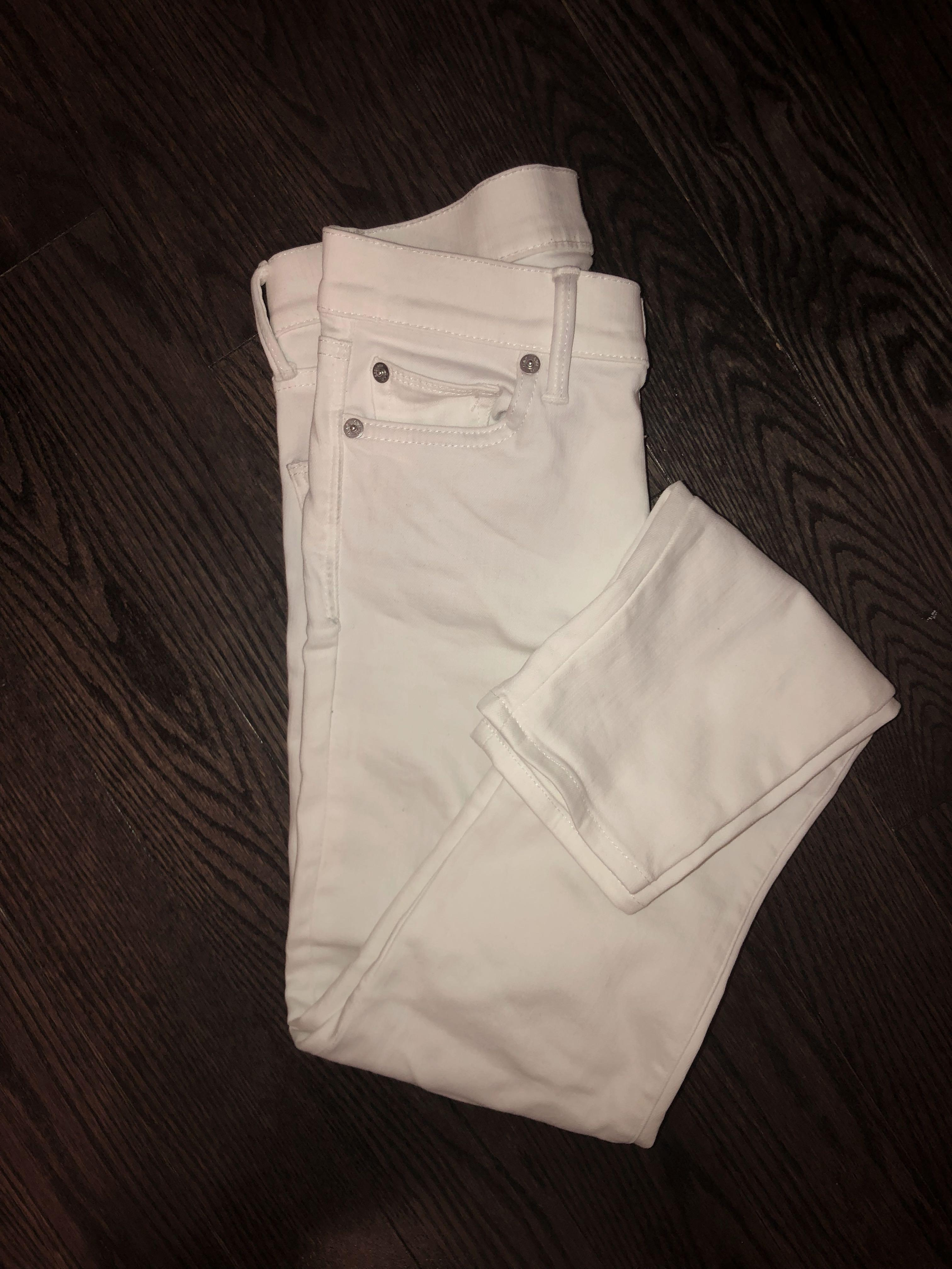 White skinnies size 25