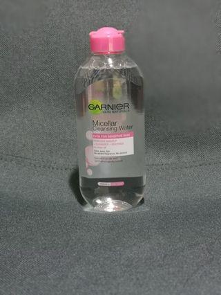 🚚 Garnier Micellar Cleansing Water 400ml