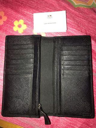 Coach wallet for men/women (100% AUTHENTIC)