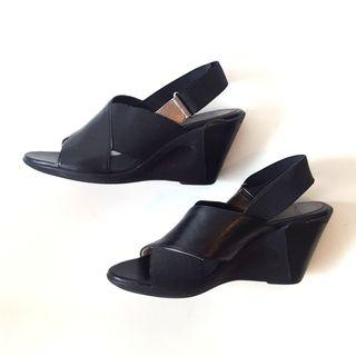 Black Leather Sandals #SwapCA