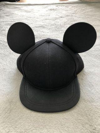 Disney x H&M Mickey Mouse cap
