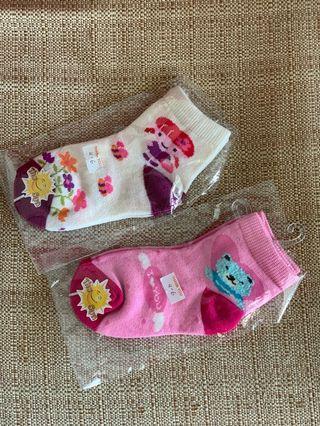 🚚 Bundle sale on Girl Socks