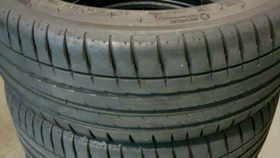 95% Michelin ps4 225 45 17 2pcs 235 45 17 2pcs