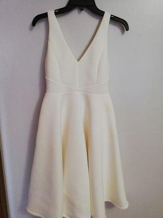 Fresh Soul White V Neck Dress