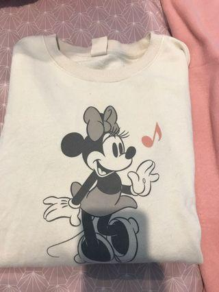Uniqlo x Disney crew neck pullover