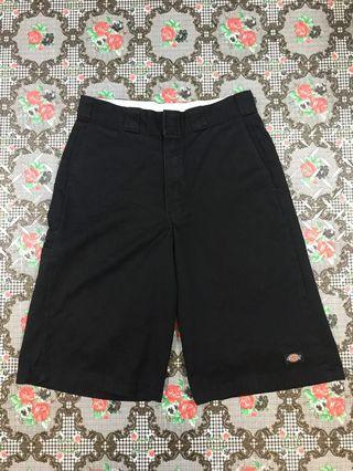 Dickies cell pocket