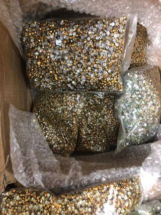 Diamond 💎 have big  size including pack