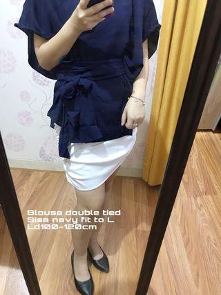 Blouse double tied