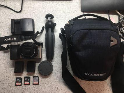 Sony A6000 Kit + more accessories